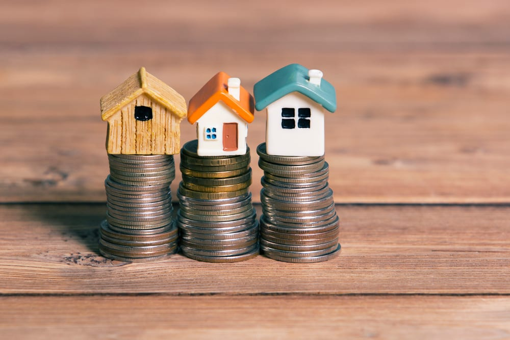 Property VS Share Market: Which is the Right Choice For You?