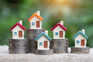 Which Makes a Better Investment: Old or New Properties?